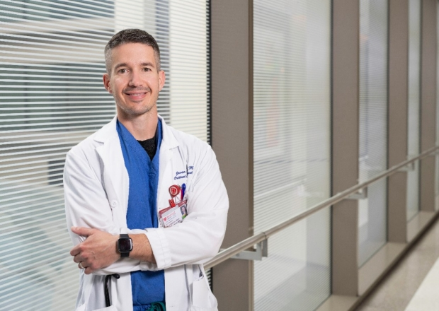 Anesthesiologist Javier Lorenzo, MD (Photo by Steve Fisch)