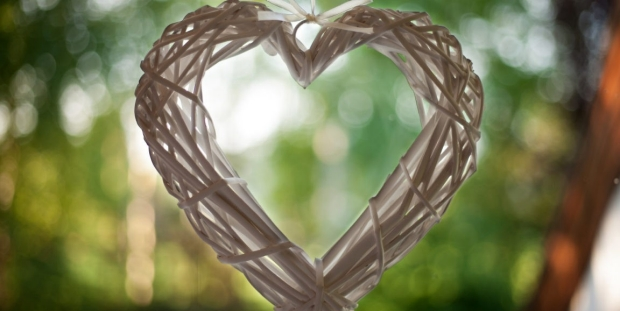 Photo of a wreath heart, by Mugenia from Flickr