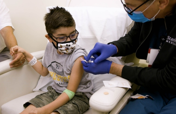 Photo of a child being vaccinated, by Steve Fisch