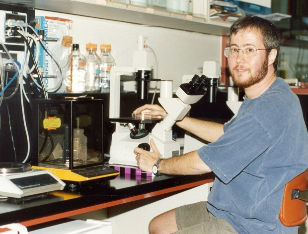 Ben Barres in his lab at Stanford